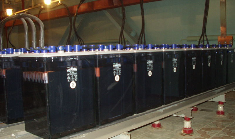 Главное в аккумуляторном помещении не допустить скопления вредных летучих веществ