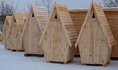 Туалет на даче с хорошей вентиляцией