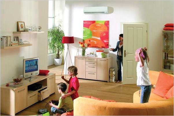 Чем больше людей и техники находятся в помещении, тем большей мощностью на охлаждение должен обладать кондиционер