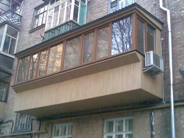Испарительный блок сбоку балкона
