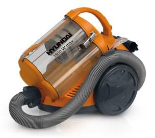 Для удаления пыли подойдет обычный пылесос