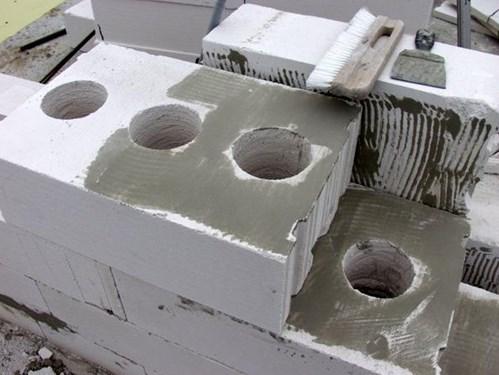 Вентиляционные каналы в пеноблоке