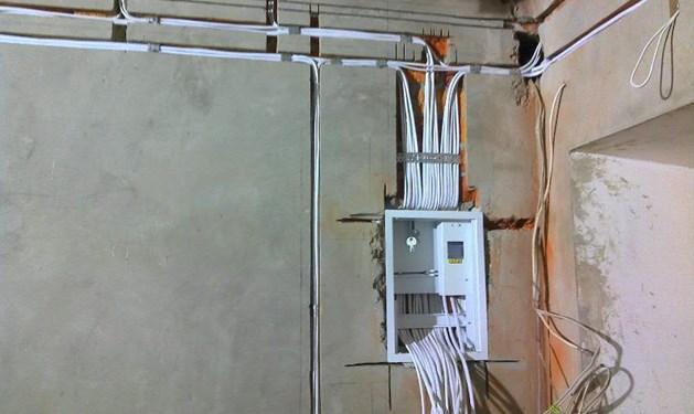 Разводка кабелей на этапе черновой отделки квартиры