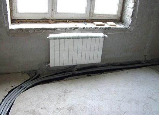 Трубопровод в штробах в полу